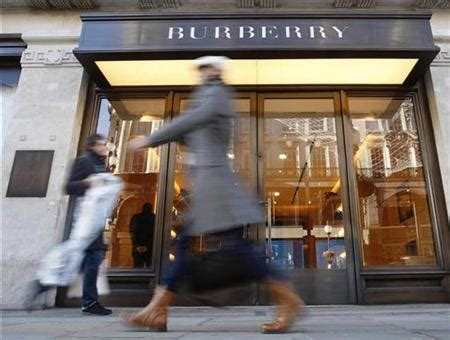 Burberry share price up on FTSE 100 as Q3 sales rise 27%