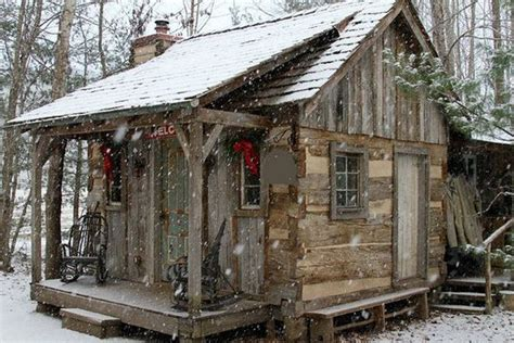 Snow, Cabin and Cabin christmas on Pinterest